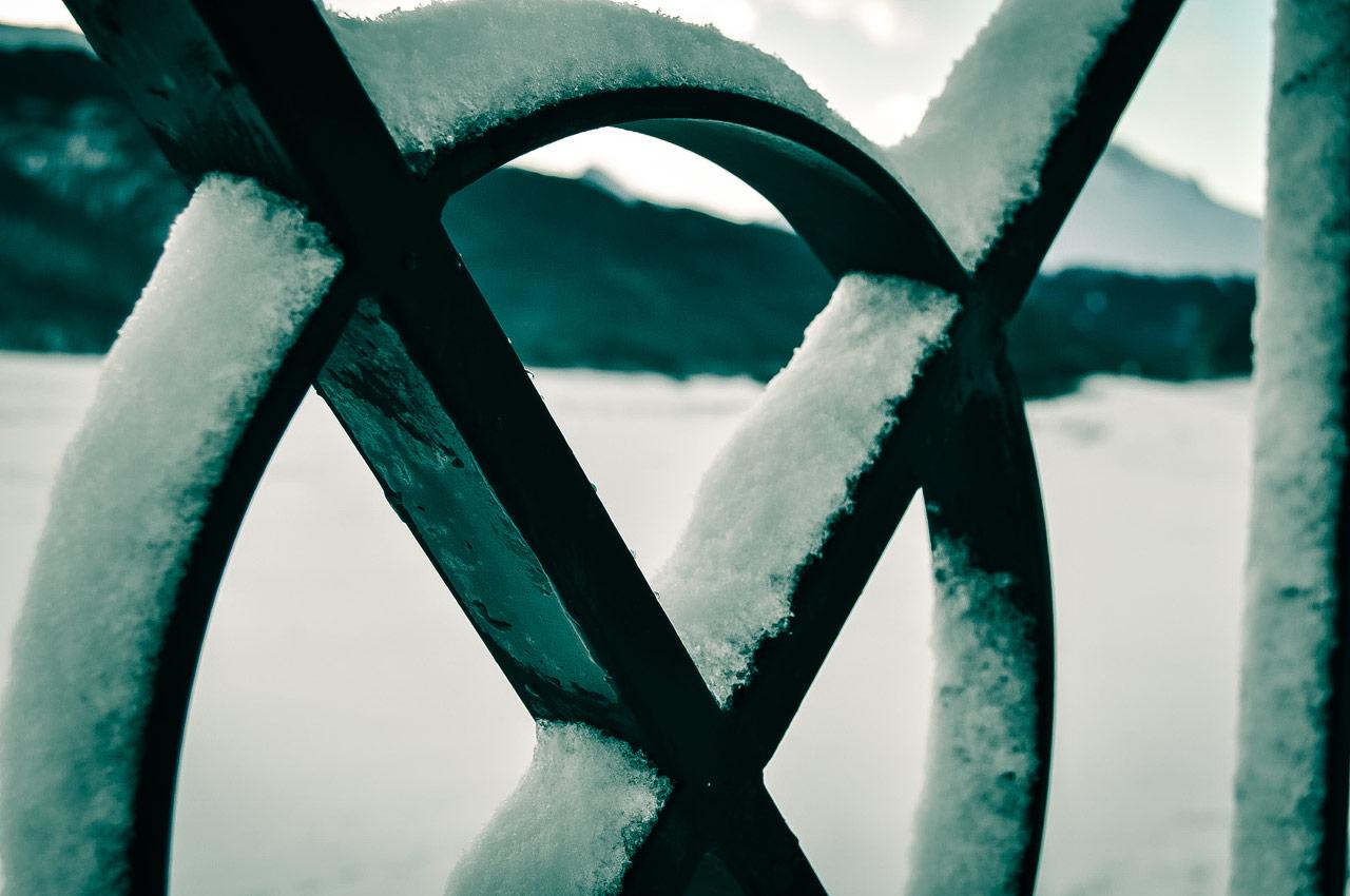 Neve na grade. Foto: Laila Guedes